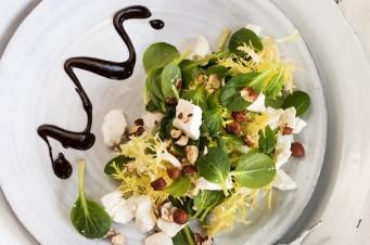Salade met chocola en geitenkaas
